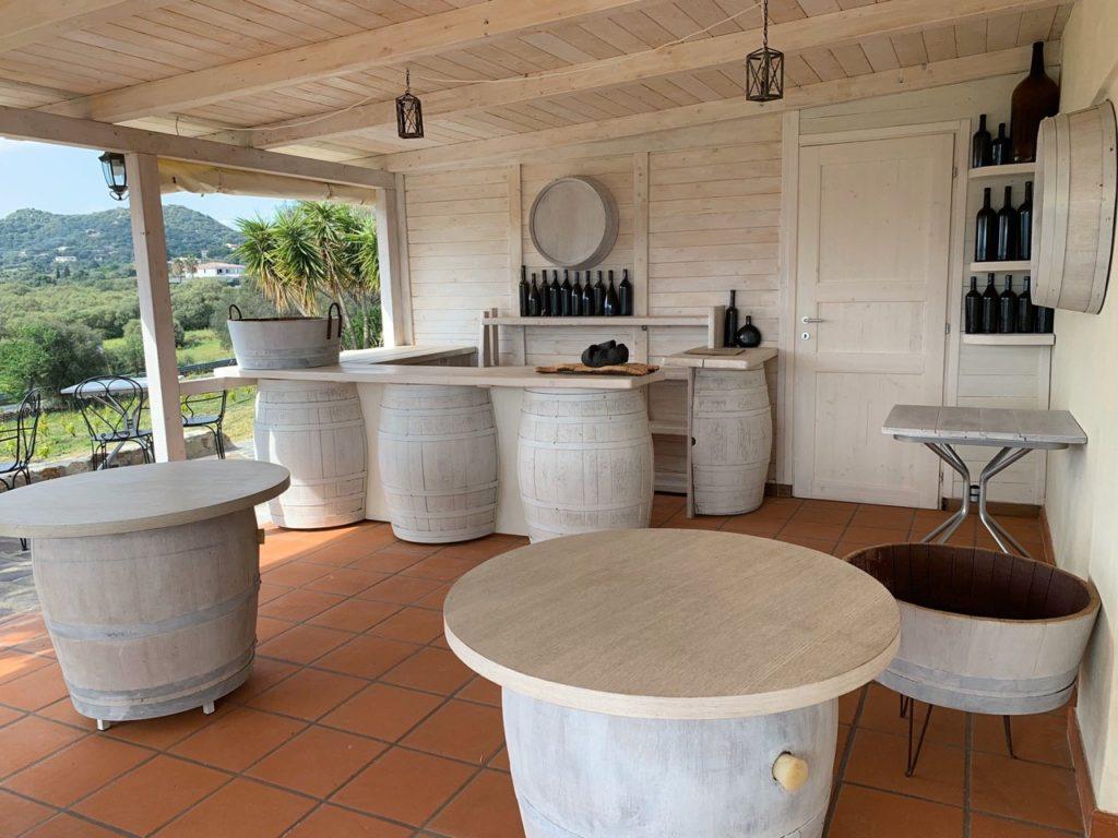 Wine tourism in Gallura   Murales cellar